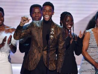 black panther cast receive SAG award