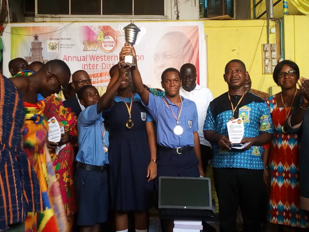 UMAT wins indep day quiz 2019